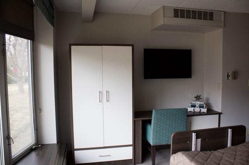 patient room 5